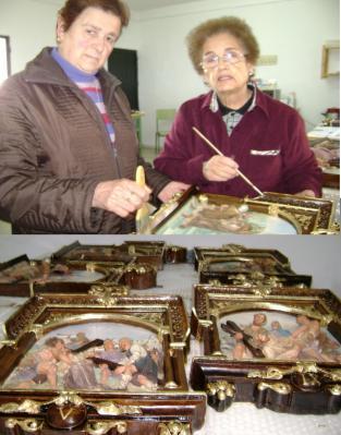 RESTAURANDO LOS MARCOS DEL VIACRUCIS DE NUESTRA PARROQUIA